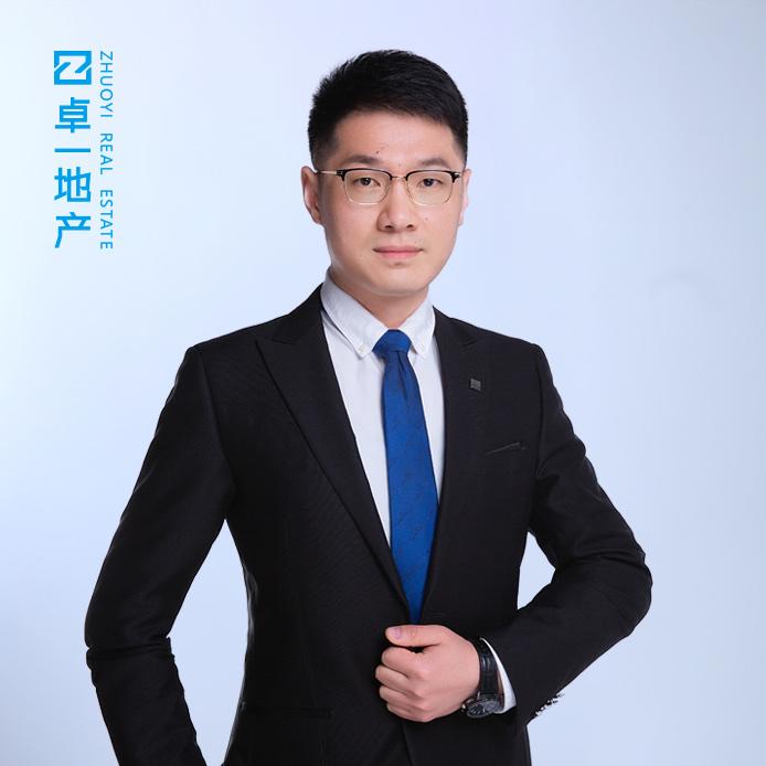 刘勇利照片