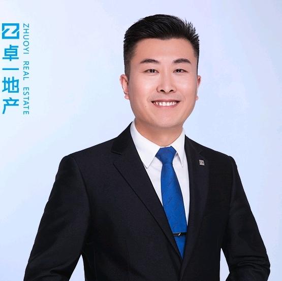吴海波照片
